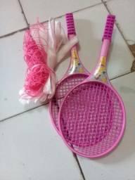 Vendo essas raquetes e rede novinhas ideal para crianças brinca 50 reais