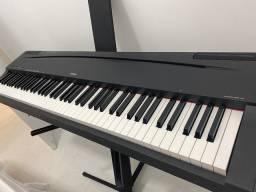 Piano 88 teclas P-70