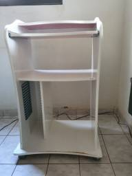 Mesa rack para computador / atendimento