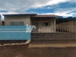 Casa à venda com 2 dormitórios em Centro, Luziânia cod:5edea5448f0