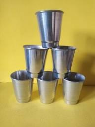 Copo de alumínio polido 250 ML