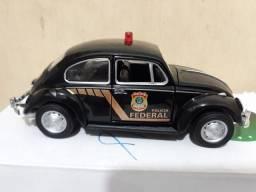MINIATURA- FUSCA POLÍCIA 1967 para Coleção modelo único.
