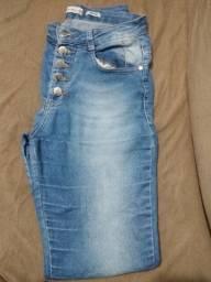 LOTE DE CALÇAS JEANS tamanho 38/40 e uma jaqueta jeans tamanho 40