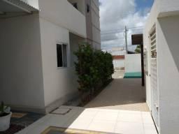 Rapasso apartamento com 2 quartos e varanda no Portal Sudoeste em Campina Grande