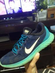 Título do anúncio: Tênis Nike skyelux