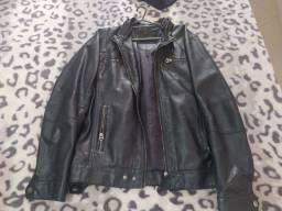 Vendo jaqueta ellus com capuz original