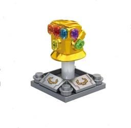 Manopla do Infinito Miniatura Do Thanos Lego 4.5CM Vingadores