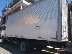 Baú para caminhão 3/4 ótimo estado 12,000