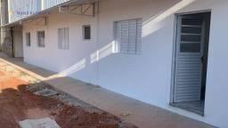 Título do anúncio: Casa com 2 dormitórios para alugar por R$ 1.700,00/mês - Caldana - Louveira/SP