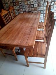 Mesa de madeira cerejeira 6 cadeiras conservada!