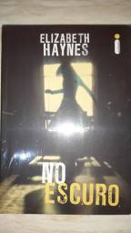 Livro usado No Escuro