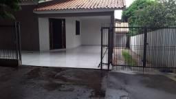 Aluga-se casa em Umuarama