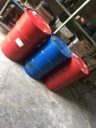 Vendo tambores de 200 litros conservados
