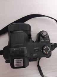 Vendo Maquina Sony Semi-Profissional , muito conservada.. especificacoes nas foto.