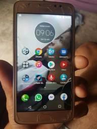 Moto E4 digital