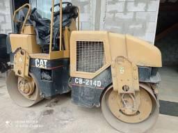 Locação Maquinas Trator de Esteira e Rolo compactador
