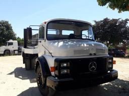 Mercedes-Benz 1113 Poliguindaste