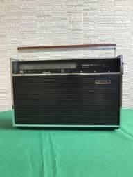 Rádio Philco Ford TransGlobe 9 faixas