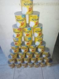 Vendo 33 latas vazias pra quem trabalha com isso