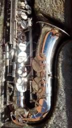 Vendo Sax Alto Weril Master semi novo