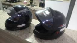 Vendo estes 2 capacetes semi novos por RS 100
