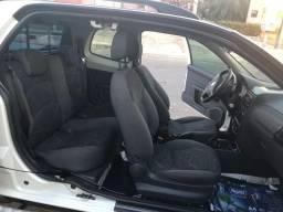 Fiat Strada Carro - 2014