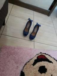 Sapato número 35 super inteirinho