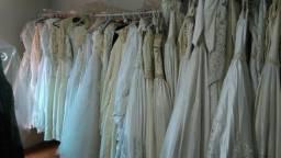 Vendo estoque de vestido para festas