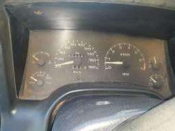 S10 ano 2000 básica - 2000