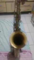 Instrumento de sopro sax tenor