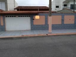 Casa no Village das Palmeiras Centro CAV042