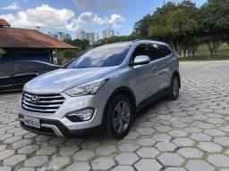 Hyundai Grand Santa Fé - 2015