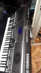 Vende teclado psr S670 conservado