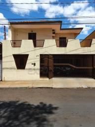 Casa à venda com 4 dormitórios em Centro, Sertaozinho cod:V7838