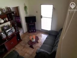 Casa linear 3 quartos no coração de Vila Nova com garagem.