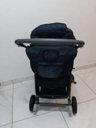 Carrinho de bebê e bebê conforto - Burigotto