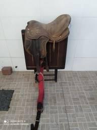 Sela com arreios cavalo égua QM quarto de milha