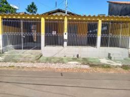 Casa para alugar no Conjunto Universitário!