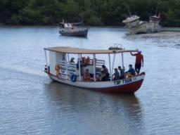 Vendo embarcação biana de 9 metros ,motor yanmar 18