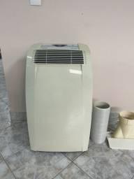 Ar condicionado portátil DeLonghi 12.000btus-frio