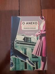 Livro seminovo: O anexo - SHARON DOGAR