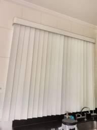 Cortina persiana em PVC