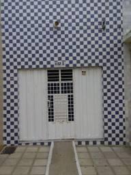 Vende-se Casa na Rua Augusto dos Anjos, n° 325