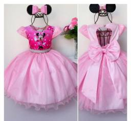Vestido tema Minnie rosa