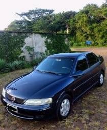 GM VECTRA GLS 2000