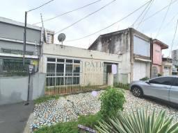 Casa na Rua dos Caripunas a 500m da Batista Campos