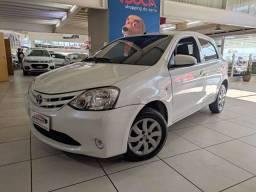 Toyota Etios 1.3 completo ano 2013 completo