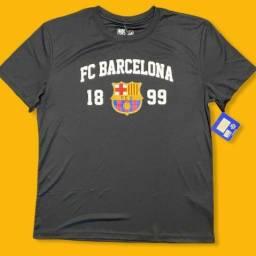 Camisa linda comemorativa  Barcelona  nova etiqueta comprada nos Estados Unidos