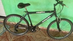 Bicicleta aro 26 Caloi com rodas aero cubo de rolamentos suspensão