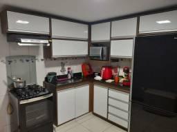 CES04 Apartamento em Vitória